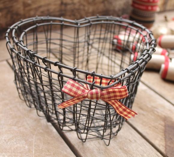 cestas en forma de corazon