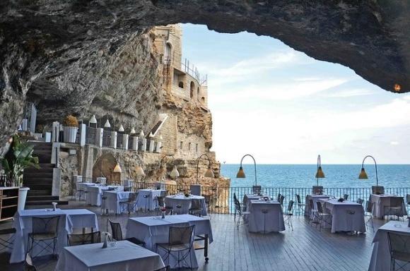 Polignano a Mare- Italia