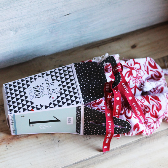 CAJAS packaging
