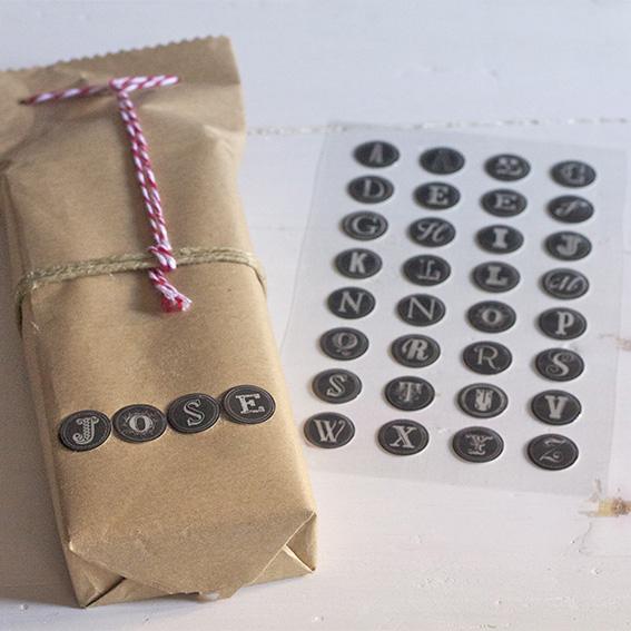 pegatinas letras en relieve